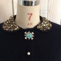 angora collar Cardigan black collar + green brooch