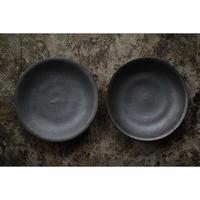 黒石釉6寸皿 井上茂