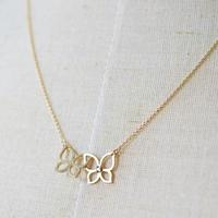 《蝶々結び》K10イエローゴールド・ダイアモンド・ネックレス(フリーアジャスター)