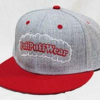 【刺繍】Puff Puff SNAPBACK CAP (GRAY/RED)