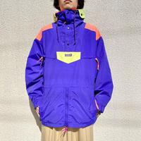 "90s ""Columbia"" Radial Sleeve nylon pullover"