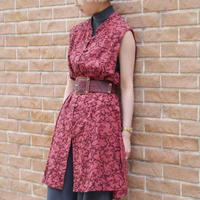 No-sleeve long slit dress
