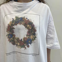 90s flower wreath printed Tee
