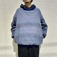 90s  pullover poly shirt