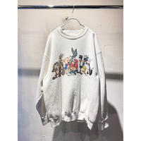 """90s """"LOONEY TUNES"""" character printed sweat shirt"""