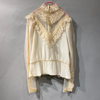 lace design frill blouse
