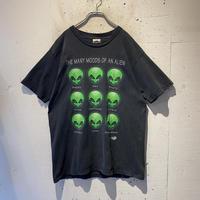 90s alien T-shirt