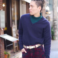 Old cashmere V-neck knit