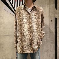 L/S tiger patterned shirt