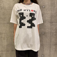 "90s ""THE NYLONS"" printed tee"