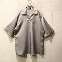 s/s open collar shiny shirt