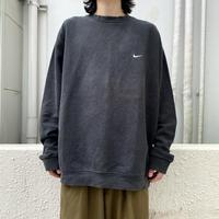 """NIKE"" sweat shirt (BLK)"