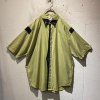 bi-color design S/S shirt