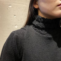 80s turtle necked accessory (BLK)