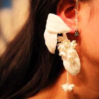 【ethical jewelr gift】 藤本裕美×qilin  ヘンプフラワーイヤーカフスワロフスキー付き