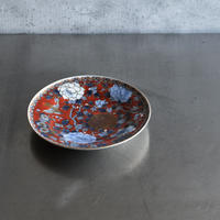 古道具部 深川陶製 赤濃染錦牡丹図皿