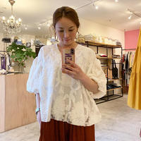 【Greed Internationalグリードインターナショナル】Flower Pattern Jacquard Puff Sleeve Blouse