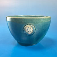 【Y018】海の色の湯呑み茶碗(うさぎ印)