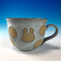 【M231】広口のうさぎ水玉模様のマグカップ小(灰透明赤土・うさぎ印)