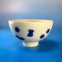 【G021】豆うさぎ柄のご飯茶碗(呉須手描き・うさぎ印)