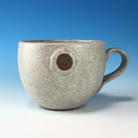 【M328】エンブレムマグカップ小(サンド・赤土・うさぎ印)