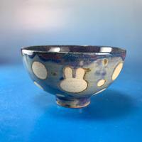 【G013】うさぎ水玉模様のご飯茶碗(青紫系・うさぎ印)