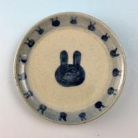 【S034】豆皿(呉須手描き・うさぎ印)