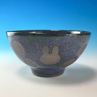 【G087】うさぎ水玉模様のご飯茶碗ミニ(淡青赤土・うさぎ印)