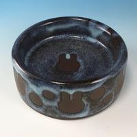 【R352】うさぎ水玉模様のうさぎ様用食器・SMサイズ(淡水乳濁・赤土・うさぎ印)
