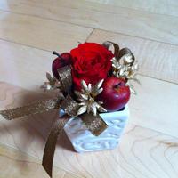 プリザーブドフラワー:赤バラのクリスマスミニアレンジ