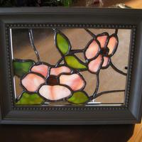 ステンドグラス  額  ピンクの花   A1003