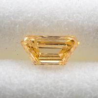 【11/14掲載】イエローダイヤモンド 0.089ctルース(FANCY INTENSE ORANGY YELLOW, SI2)