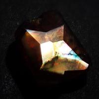 【7/8更新】アンドラダイトガーネット(通称名 レインボーガーネット) 0.879ct原石