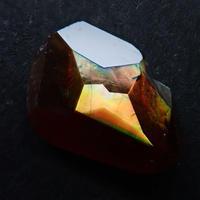 【7/5更新】アンドラダイトガーネット(通称名 レインボーガーネット) 0.970ct原石