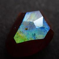【6/21掲載】アンドラダイトガーネット(通称名 レインボーガーネット) 0.860ct原石