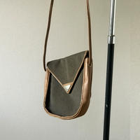 saint laurent shoulderbag