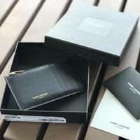 未使用 SAINT LAURENT PARIS compact leather wallet