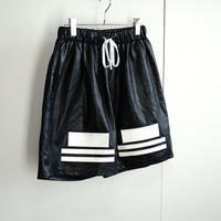 未使用 danke schon synthetic leather wide shorts
