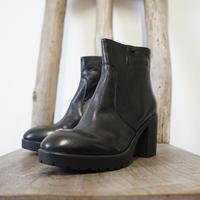 新品 Made in Italy heel boots 41 F