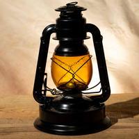 W.T.Kirkman Lanterns No.350 『Little Giant』Black Amber
