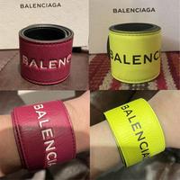 新品★BALENCIAGA バレンシアガ ブランドロゴ レザーブレスレット 2色