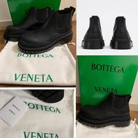 BOTTEGA VENETA ザ・タイヤ ブーツ