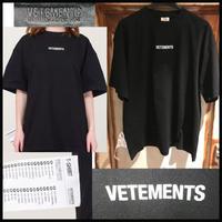 XS★新品タグ付き★19AW VETEMENTS ヴェトモン ブランドロゴ ラベル オーバーサイズ Tシャツ ブラック