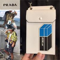 新品箱付き★ PRADA ストラップ付 iphone アイフォン ケース ショルダーバッグ