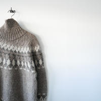 6 BEAUTY&YOUTH / NORDIC ASYMMETRY TURTLE KECK KNIT  /  2003-1694
