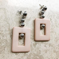 square motif pierce(pink beige)