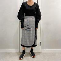 check × fringe skirt (black)