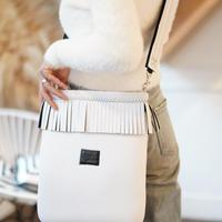 LozzSandra/Fringe Vertical Shoulder Bag【ホワイト】