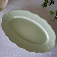 サラン窯オーヴァルの大皿・花形リム