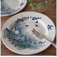 ヴィエイヤー ボルドーの平皿 鳥と虫たち柄